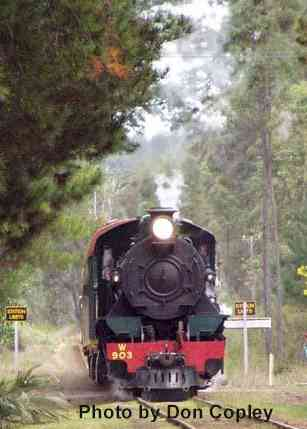 W903 approaching Dwellingup