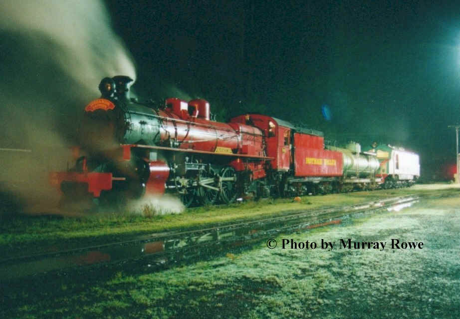 Late into the night, Pm 706 simmers quietly with XA 1401 in Pinjarra yard after returning from the first Wizards Express